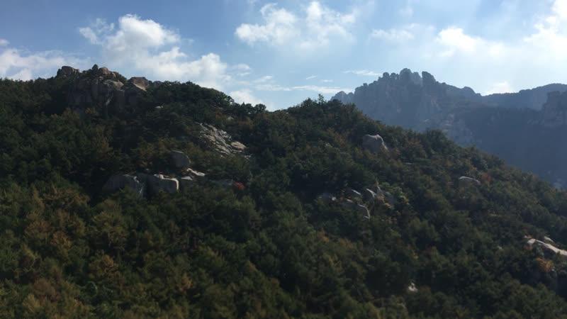 Приближаясь к вершине горы
