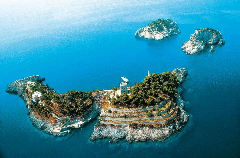 Острова Ли Галли. Италия, изображение №1