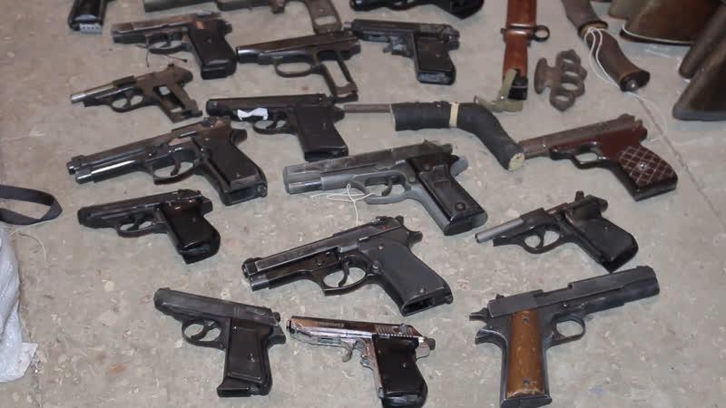 Народ роззброюється здали 190 одиниць зброї та понад 1800 боєприпасів