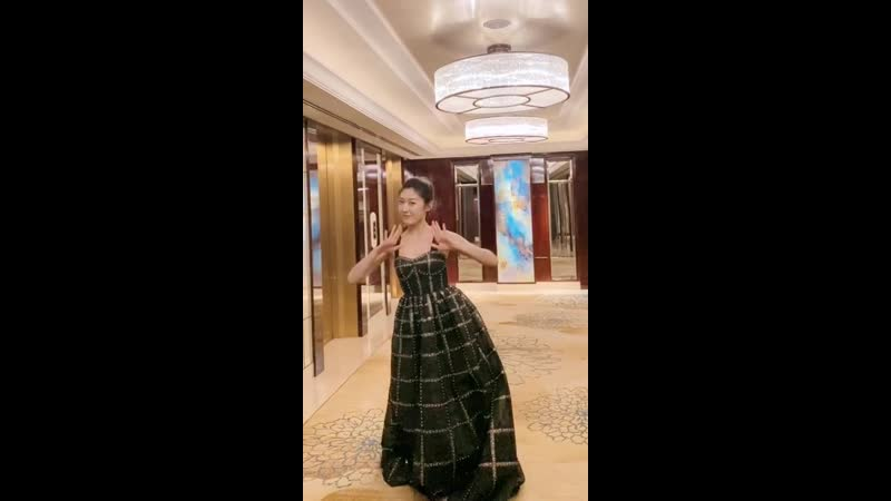 Танец на награждении 18 12 2019 Любовь с уведомлением 2 \ Мой босс хочет жениться на мне 2 \ 奈何BOSS要娶我 2 (2020)