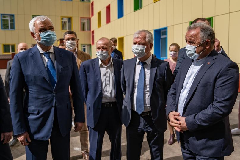 В Ухте открыли детскую больницу после капитального ремонта, изображение №3