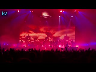 Gorillaz reject false icons | act two humanz world tour (director's cut)
