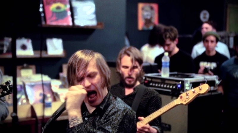 Refused - War On The Palaces (Live At Vacation Vinyl)
