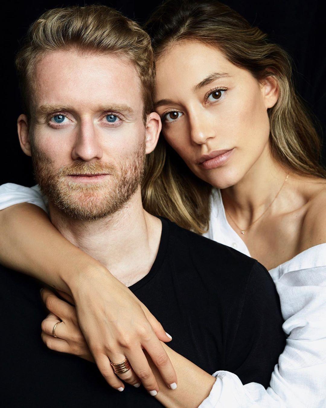 Андре Шюррле с женой Анной Шариповой