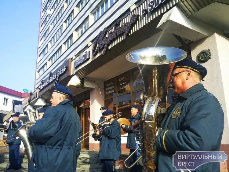 С Днём работников АПК поздравили брестчан на Советской