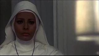Blanco, rojo y... 1972, Alberto Lattuada sub