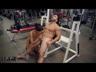 [Mofos] Kosame Dash - Gym Spy [Brazzers, HD 1080, секс, POVD, домашнее, big ass, sex, порно, +18, ШкураTube]