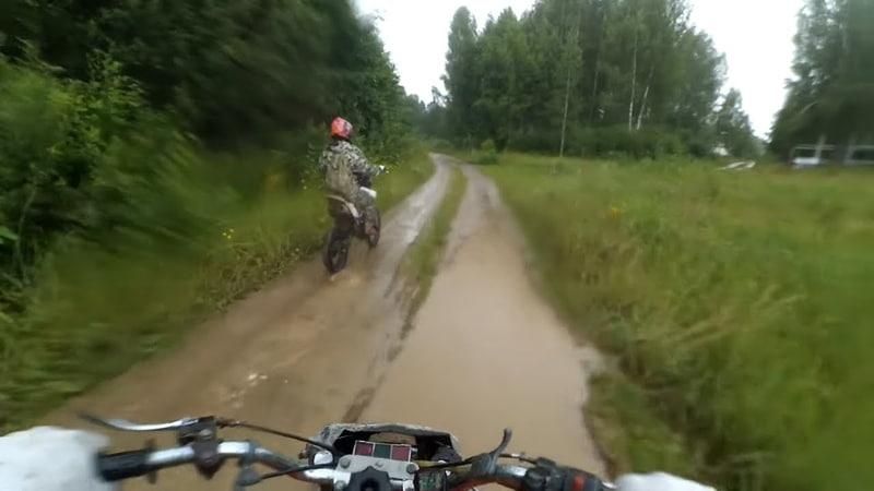 Иж Планета 5 Адский трактор и Irbis TTR125R дождь и бесконечные дачи на болоте