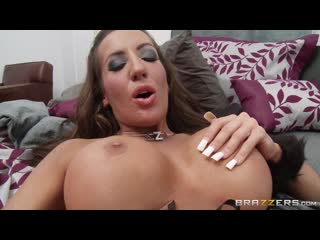 [brazzers] richelle ryan richelle gets by mick in her halloween costume