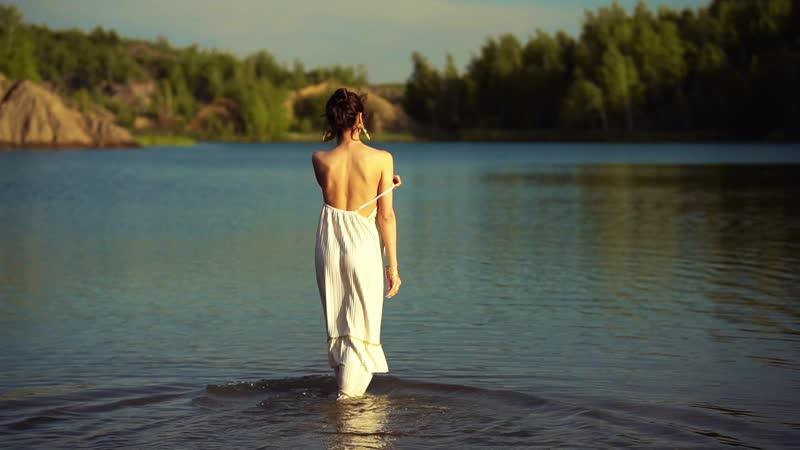 Нежная Екатерина в тон романтичной музыки