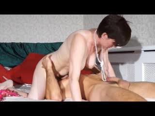 ПОРНО -- ЕЙ 42 -- ДЯДЯ ПЕТЯ ТРАХАЕТ ТЁТЮ ОЛЮ -- mature nl  milf porn  - olivia g
