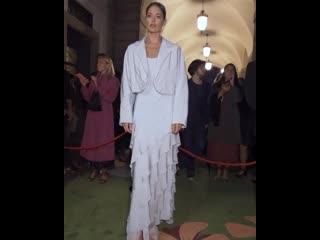 Max mara | green carpet fashion awards | даутцен крус