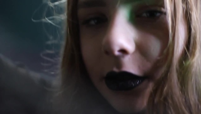 Neovaii - Easily - Mandy Yeagle coub