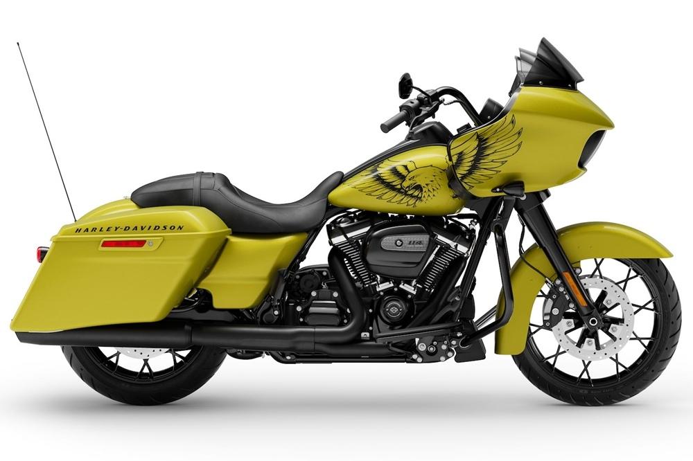Мотоцикл Harley-Davidson Road Glide Special 2020 в желтом цвете