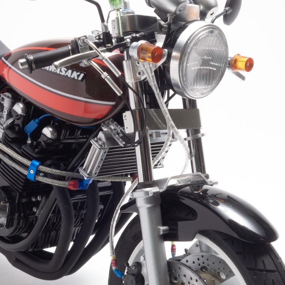 Моделька мотоцикла Aoshima Kawasaki 750RS Z2 Custom 1/12