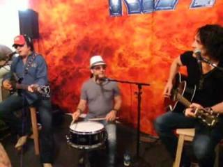 KISS Acoustic -   (August 16,2012)