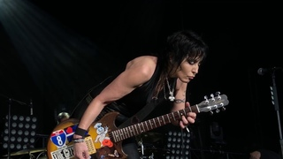 Joan Jett - July 4, 2018 - Toronto - You Drive me, Light of Day, Fake Friends,  Love is Pain & TMI