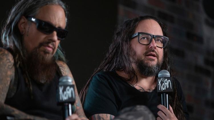 Korn пообщались с фанатами на встрече в Лос-Анджелесе