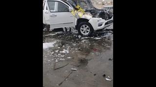 Пикап загорелся после столкновения с грузовиком в Актау