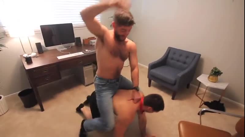Aspen + Beau come into A Trance на Gay Men Ring [гей порно секс русские анал парни gay porno геев смотреть молодые член]