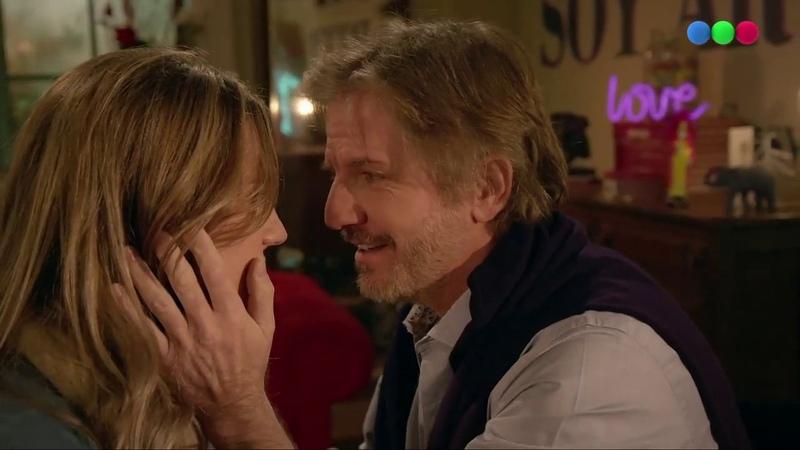 El momento más esperado ¡Emma y Antonio se besan