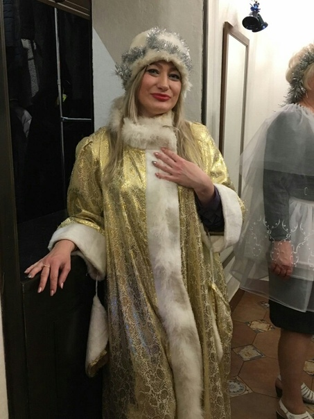 Ирина шейк фото с питоном правильно, творчески