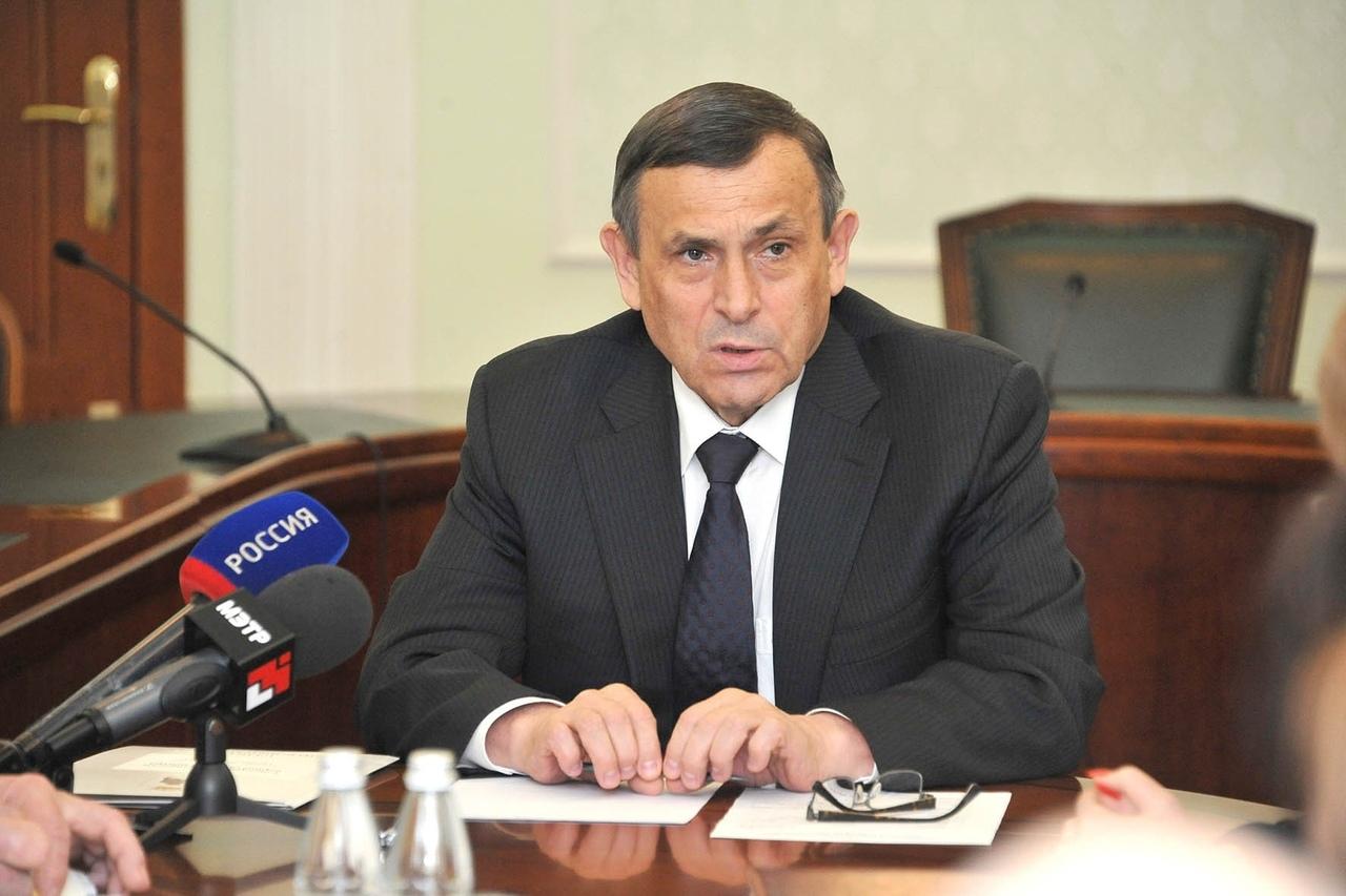 Евстифеев призвал министров срочно сделать прививки от гриппа
