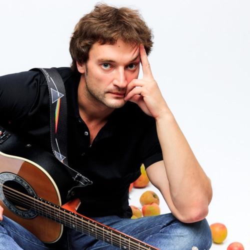 Дмитрий Вешнев, поэт, музыкант, Москва Q0gBCELxdr4