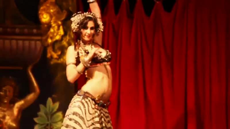 Rachel Brice Solo The Indigo Le Serpent Rouge Show