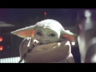 "Малыш Йода слушает KOVALEV - ""Каблуки"""