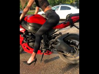 девушка и мотоцикл. или как забивать на мнение окружающих🙂 #мотоТаня