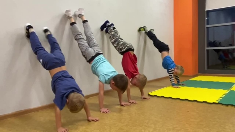 Подготовительная группа 4 6 лет SERIOUS школа Брейк данса танца