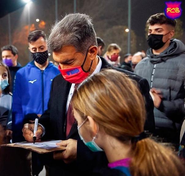 Кандидат в президенты «Барселоны» Жоан Лапорта прокомментировал возможный камбэк против «ПСЖ»