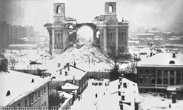 История уничтожения Храма Христа Спасителя в Москве, изображение №6