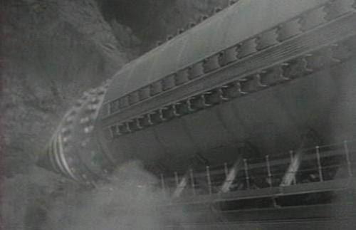 Подземная лодка. Секретные разработки Подземная лодка самодвижущийся механизм, способный самостоятельно прокладывать себе путь и способный передвигаться под землей. Вы скажете , что это