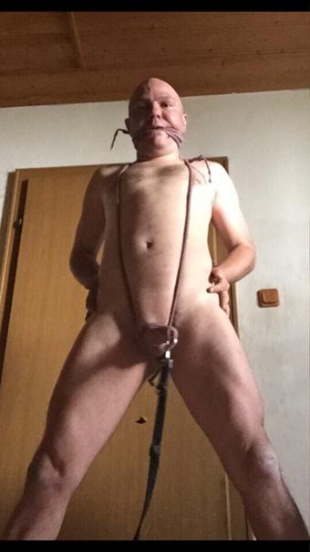 Nackt versaut Nudist family