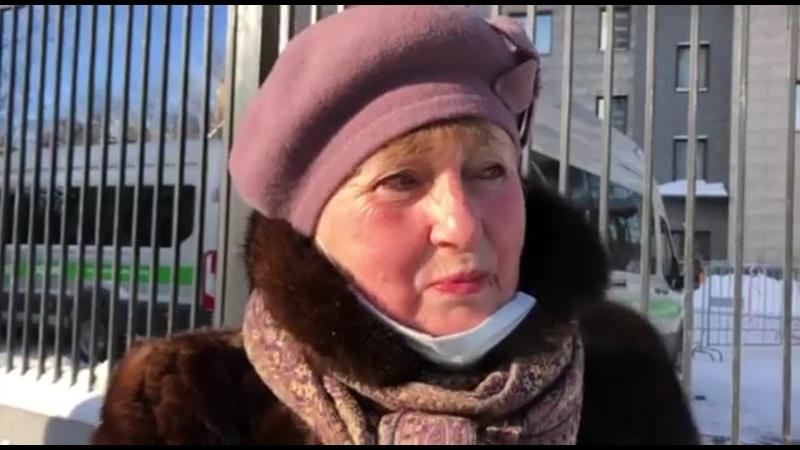 СудLive ⠀ Сегодня у здания Бабушкинского суда только самые стойкие активисты. Но даже они не готовы жертвовать собой.