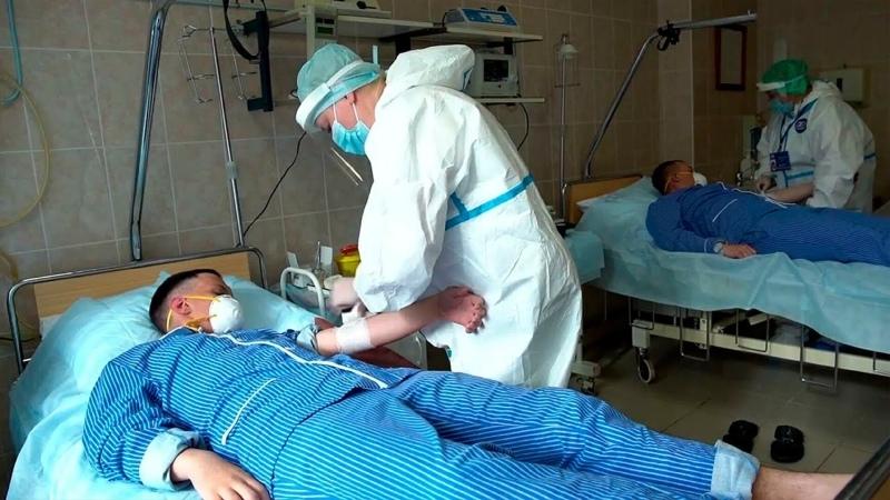 В России пятый день подряд число смертей от ковида превышает 800