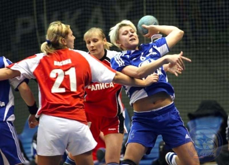 Можем повторить? Семь матчей женского чемпионата России, в которых забрасывали по 80 и более мячей, изображение №2