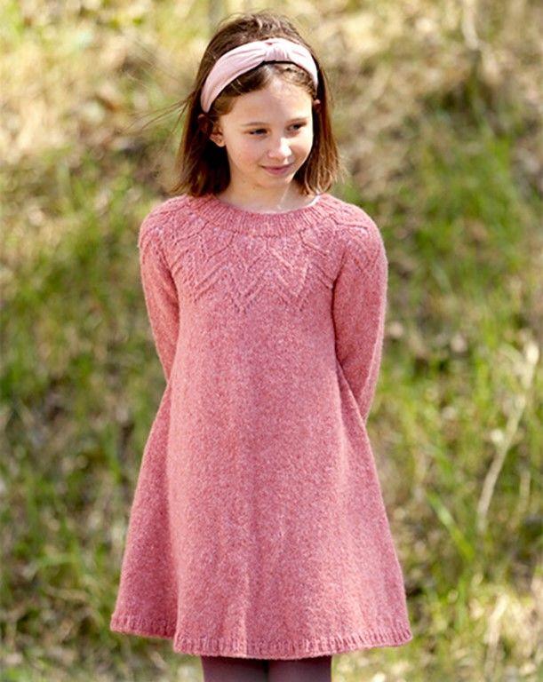 Детское платье с круглой ажурной кокеткой