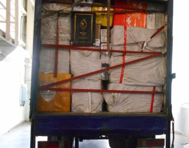 Под Таганрогом таможенники выявили крупную партию товара с признаками контрафактности