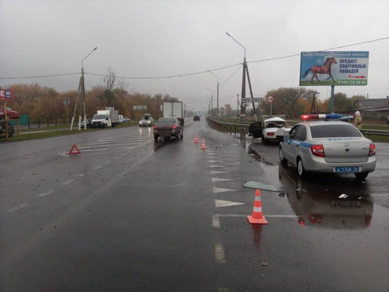 ❗На трассе М-2 в ДТП погибли два человека  Трагедия произошла в Верхнем Любаже, на повороте к... Курск