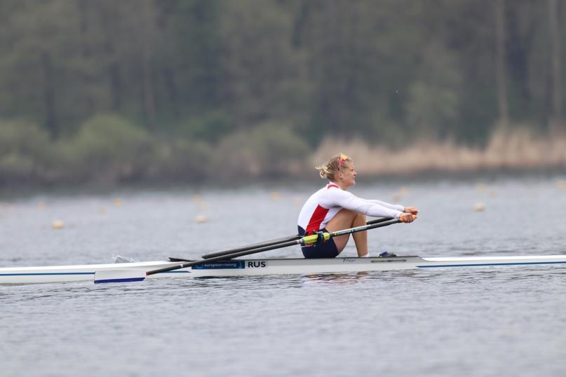 Анна Пракатень на финише полуфинального заезда