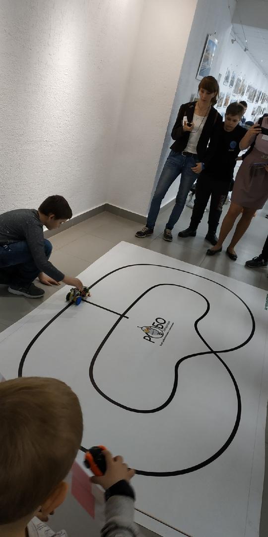 Республиканские соревнования по робототехнике. Инженерное обеспечение и судейство в направлении Arduino выполняет команда ФАДЭТ