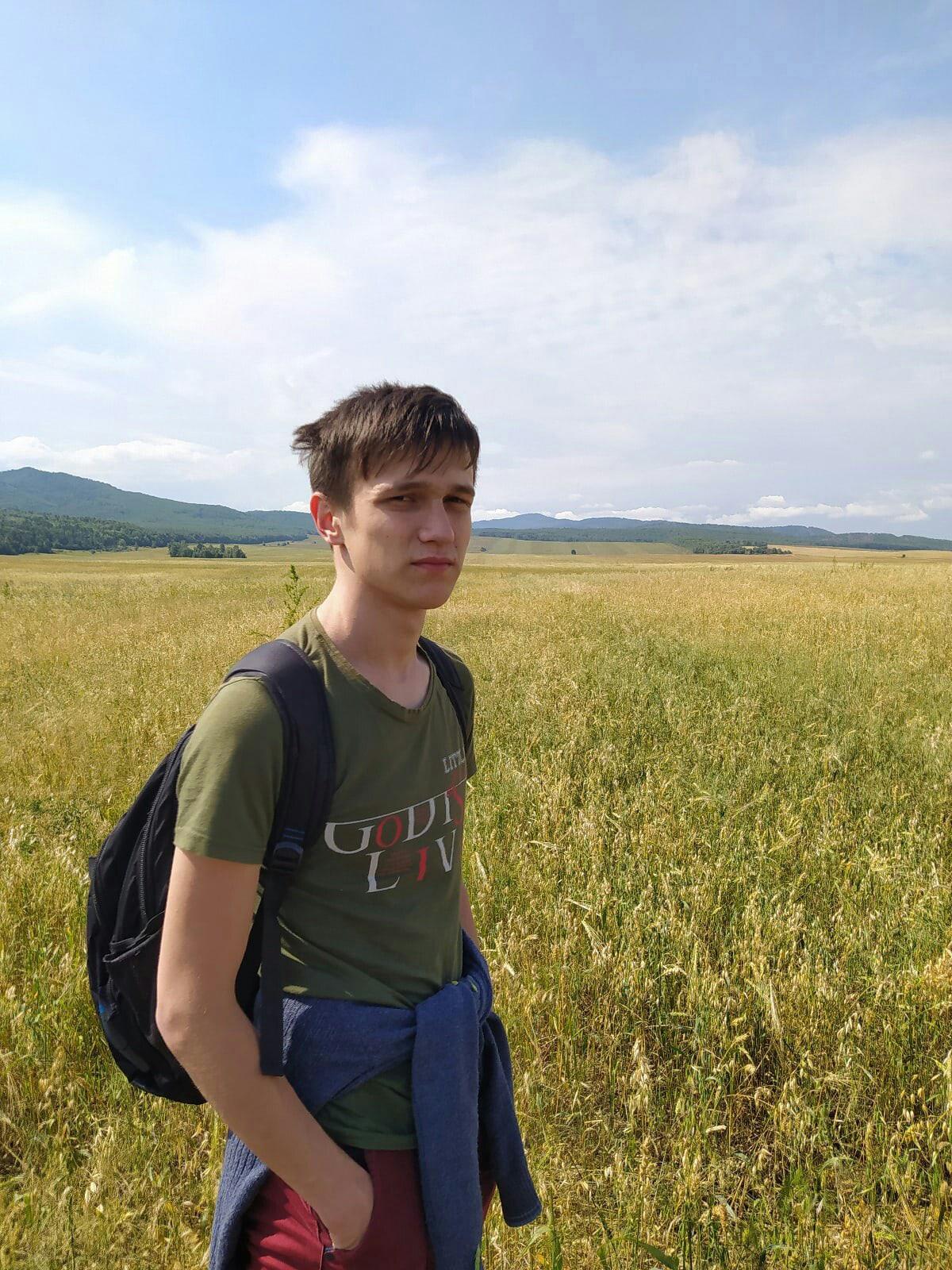 Дмитрий, 22, Kamensk