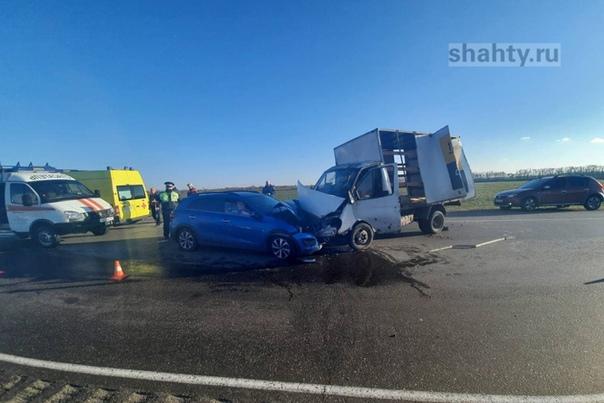 Автоледи пострадала в лобовом столкновении на Севе...