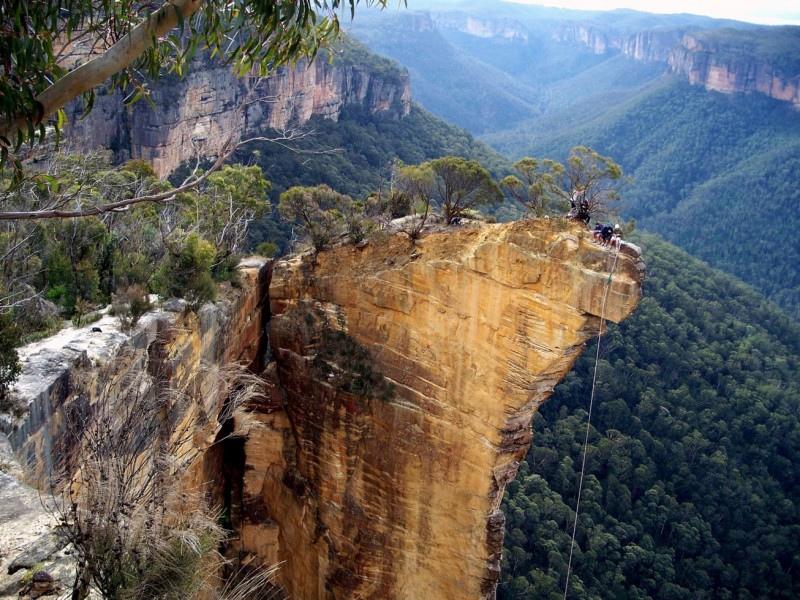 Земля один огромный древний карьер, изображение №70