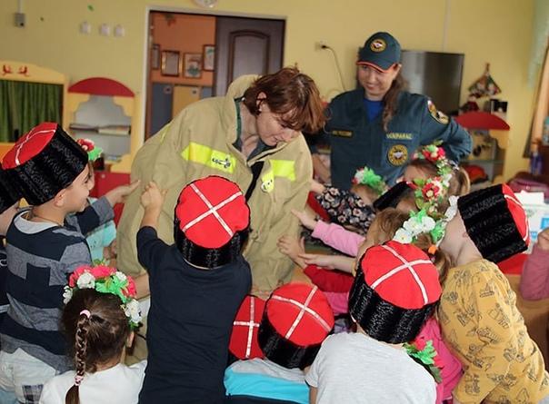 ▪️ В детском саду №4 «Солнышко» прошло занятие по пожарно...