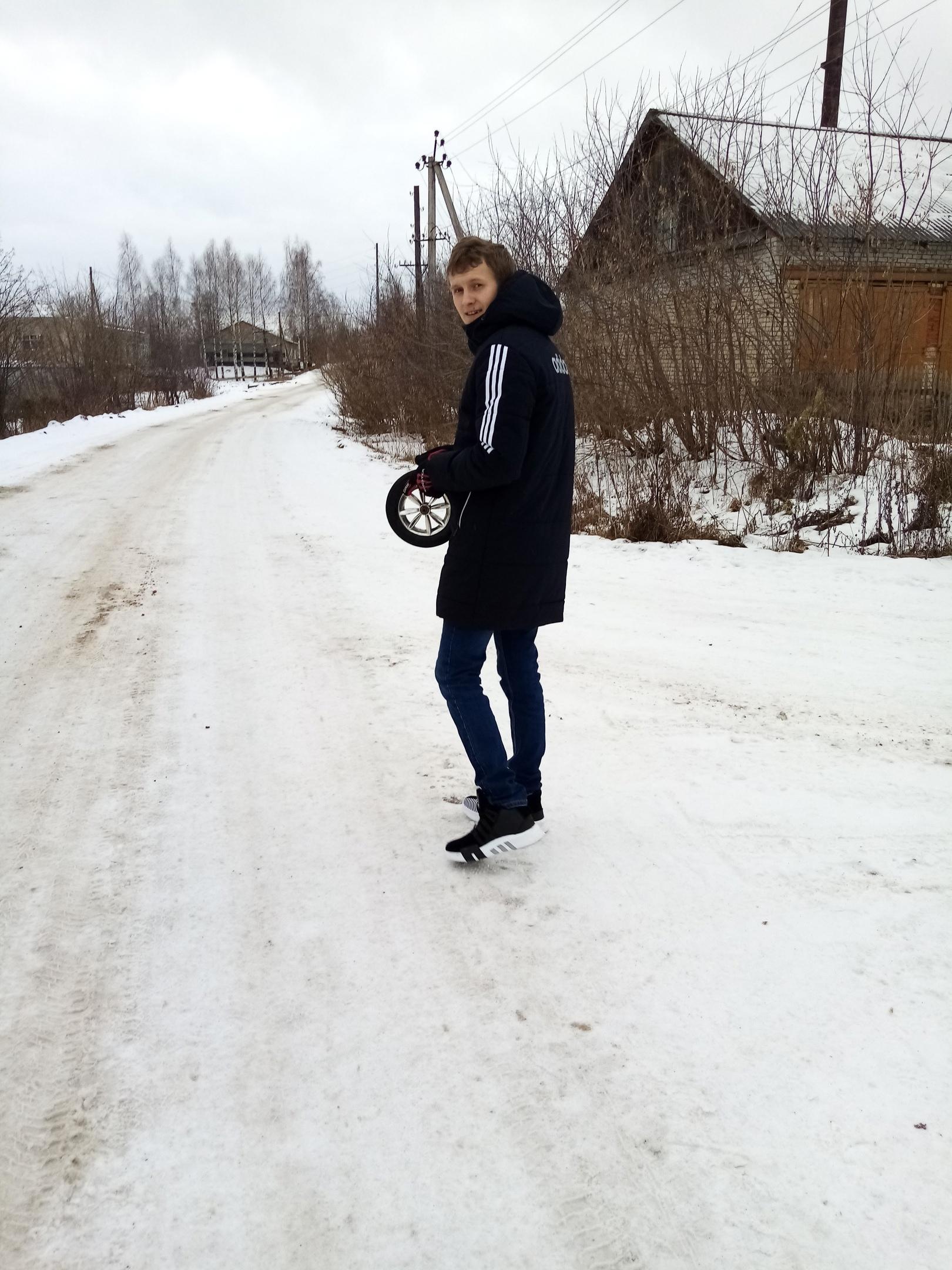 Костя, 24, Bazhino