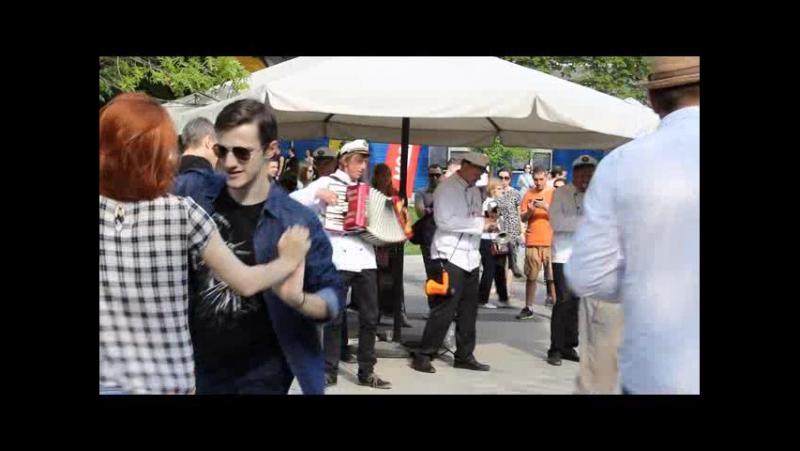 Podmoscovnye Katiusha Otchy Chornye Valeriy Bukreev Captain`s Dixie Jazz Band Live in Bauman Garden 09 05 15